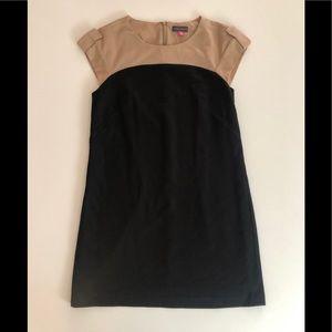 Very Mod Vince Camuto Mini Dress